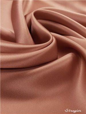 Crêpe de satin de soie rose poussière par Stragier